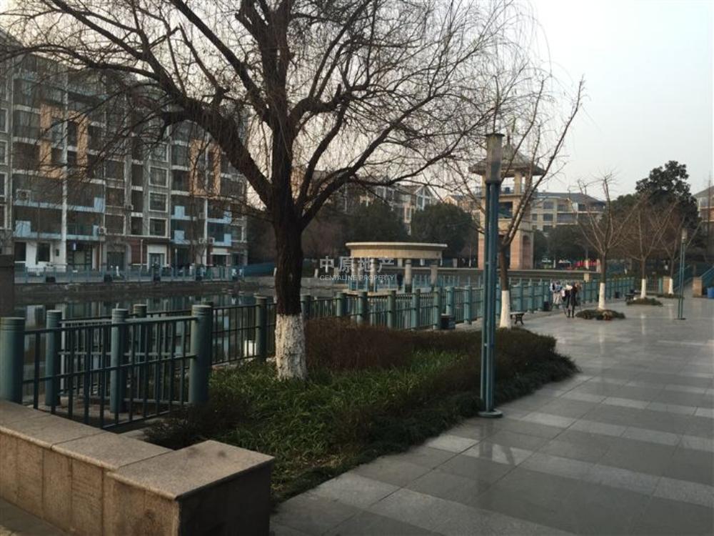 翠屏国际城广场苑